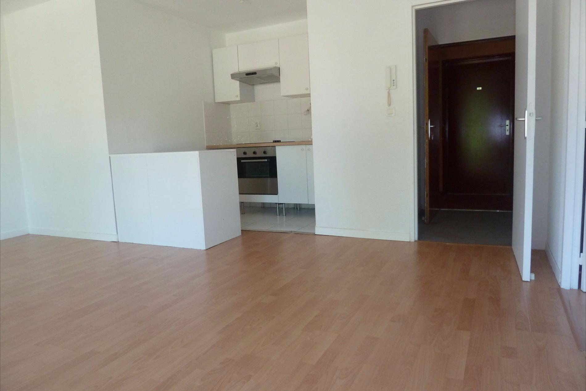 vente appartement mont de marsan 40000 elyade immobilier. Black Bedroom Furniture Sets. Home Design Ideas